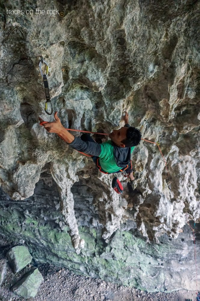 Tufa climbing in the Treasure Cave